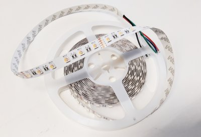 RGB+WW LED STRIP 60L/M. 24V/DC 19,2W/M. RGB + 2700K