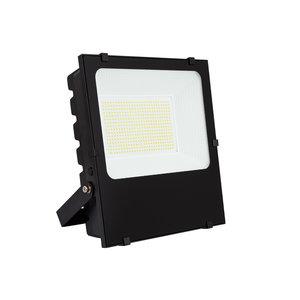 LED VERSTRALER PRO DIMBAAR 120° IP65 IK08 200W 27000LM 4000K